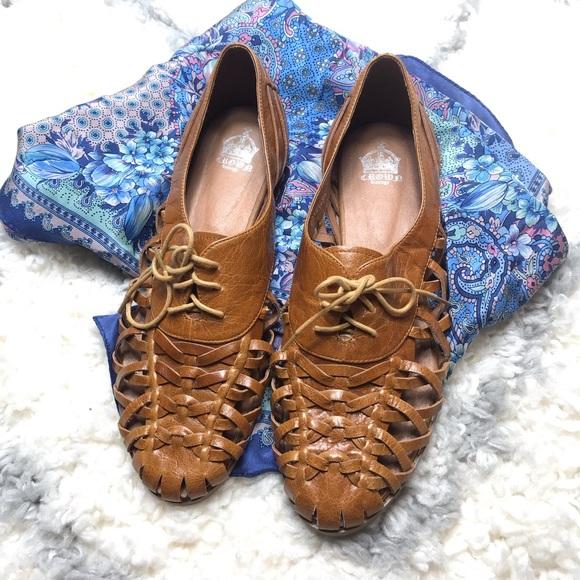 0440048b901 Crown Vintage Shoes - NWOT Crown Vintage Brown Sandal Flats